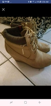 Hey shoes size 7 Windsor, N9C 1P1