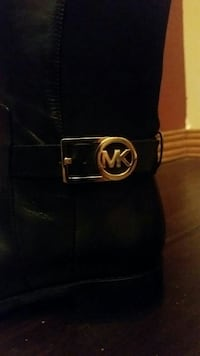 Michael Kors Authentic brown boots
