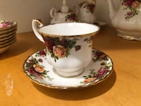 Royal Albert China---Old Country Roses Roslyn, 11576