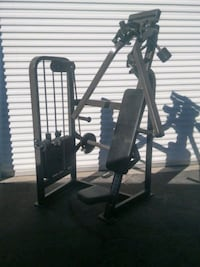 Cybex dual-axis chest press 2062 mi