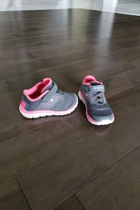 Toddler size 6c champion shoe like new