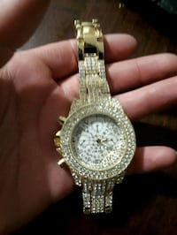 Gold plated stainless steel watch  Winnipeg, R2W 0S1