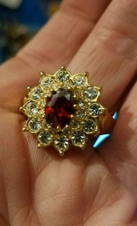 24K gold size 9 natural ruby and topaz ring Edmonton, T6A 2E4