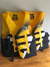 Fluid Life Jackets. Small and Medium  Calgary, T2Y 3A1