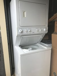 white stackable washer and dryer Marshall, 20115