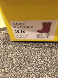 Snow boots size 35 for girl