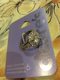 Brand new size 6 beautiful cubic zirconia ring Kingston, K7P 0K6
