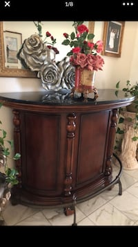 Stand alone ,Wooden bar, black granite top, metal legs Lake Forest, 92630