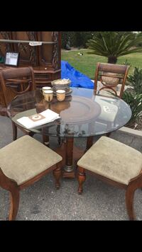 round glass top table with four chairs dining set Camarillo, 93010