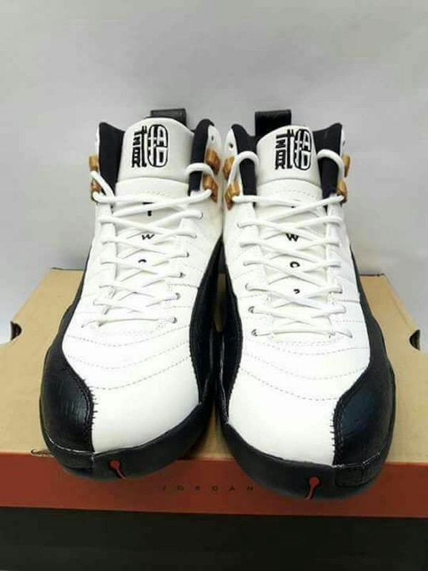 a0937006813 Used white-and-black Air Jordan 12 sapatos for sale in Quezon City - letgo