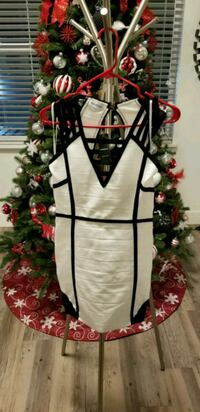 BEBE white and black plunging sleeveless dress