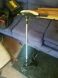 gray and black tripod stand Springfield, 65803