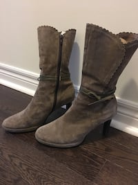 pair of brown suede boots Brampton, L6V