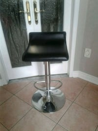 Two stools for $30 each Brampton, L7A