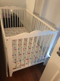Baby and toddler white crib (ikea) Montréal, H3J