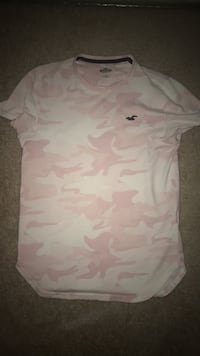white and pink floral crew neck shirt Chantilly, 20151