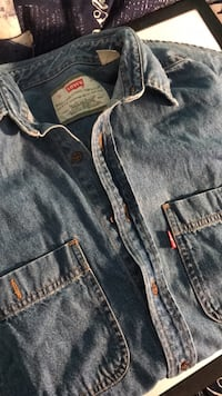 Levi's denim shirt size S Men's