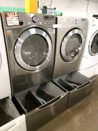 LG FRONT LOAD WASHER AND GAS DRYER SET WORKING PERFECTLY