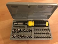 40 pc bit and socket set including three-way reversible ratchet driver tool set screw driver