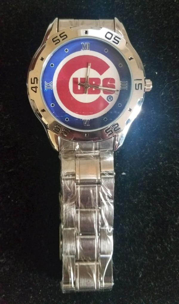 Stainless steel Chicago Cubs watch 2d5633ad-263b-4210-8f68-3e1bd1a492c7