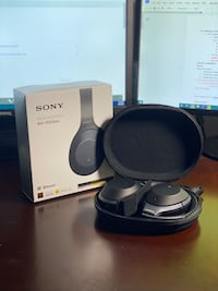 Sony WH-1000X Noise Cancelling Headphones Vaughan, L4J 8Y8