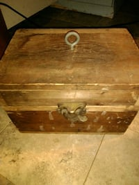 Antique lock crate with old items