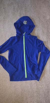 Lululemon-Size 4- Zip Up Hoodie Whitby, L1P 1H9