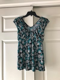 Very Pretty and Comfortable Patterned Blouse Odenton, 21113