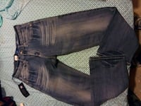 *New* 29x30 relaxed straight Rock&Republic jeans 1075 mi