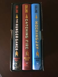 The Hunger Games Trilogy Book Set