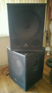 Two 18 or 20 inch speakers  Queens, 11434