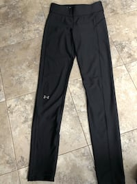 Under Armour tights  London, N6B 3S3