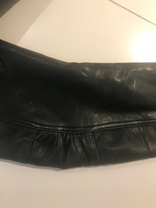 Real leather jacket s. S ab13e0d1-6648-408f-a551-937461d4986f