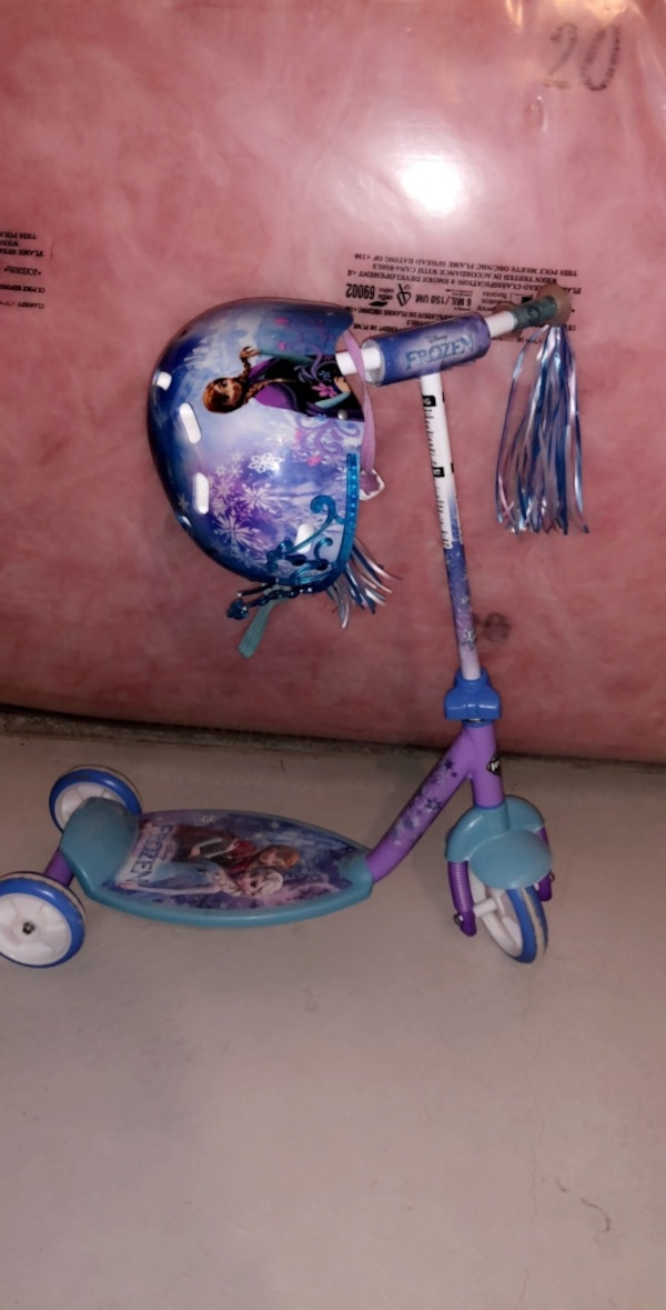 Blue and pink disney frozen kick scooter