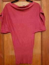 Womens pink short sleeve top  Toronto, M6C 1C5
