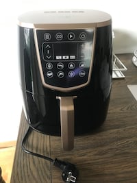 Hent ny air fryer Oslo, 0694