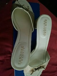 Ladies size 7.5m South Bend, 46628