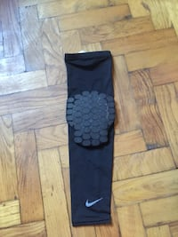 Nike Basketball Arm Sleeve
