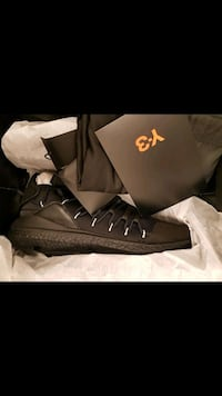 Y3 shoe brand new with box Burnaby, V5A 1S6