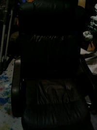 Leather computer chair 2465 km