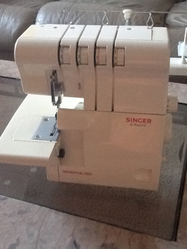 Finishing Touch™ 14SH654 Serger Sewing Machie