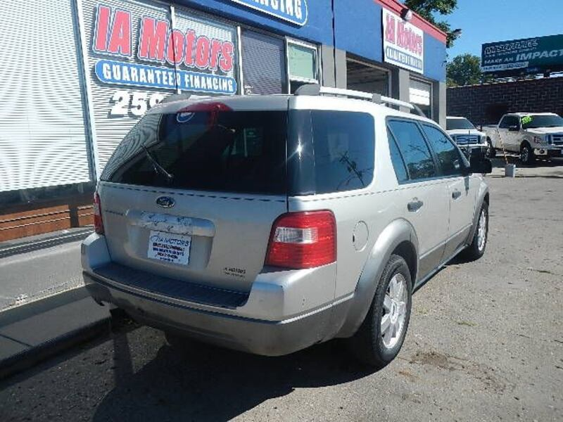 2006 Ford Freestyle SE DISCOUNTED $2000 OF RETAIL a971842a-5896-427f-aac6-2f4dd5073057