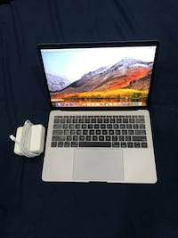 Late 2017 MacBook Pro 13 inch i5 8GB Ram 256 SSD In Good Conditions (Not Touch Bar) Hyattsville, 20781