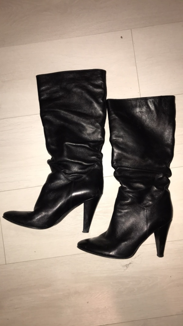 Black leather boots - size 8.5/9 9a68d5b7-5cb5-4ab7-bb42-2014aec96ae4