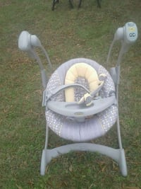 baby's white and gray swing chair Newport News, 23607