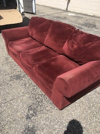 Burgendy sofa Clinton Township, 48038