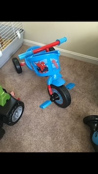 Toddler's blue and red trike Bryans Road, 20616
