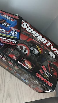 Traxxas 1/16 summit VXL Brushless w/MODS and Xtra parts