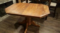 Solid oak dining table South Bend