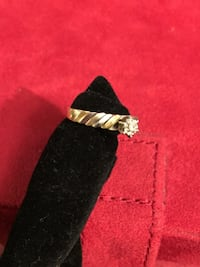 14k size 6 yellow and white gold  Englewood, 80113